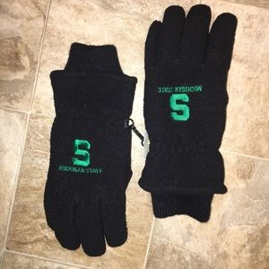 Other - Michigan state university's Spartans gloves